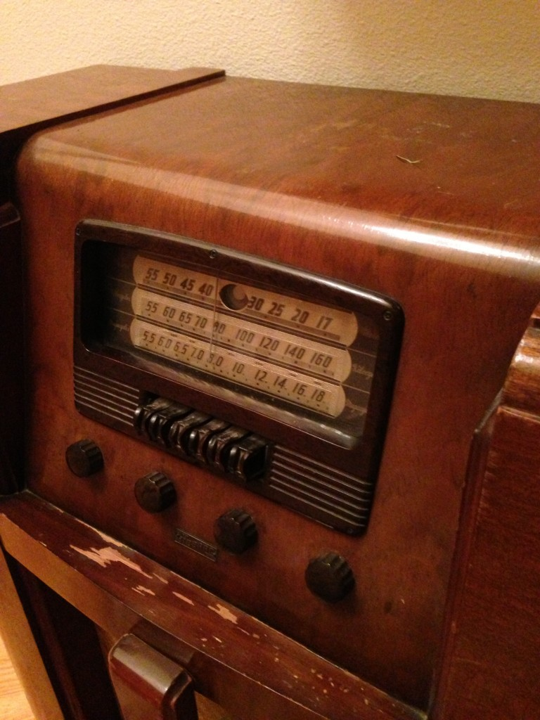 family heirloom, radio, heirloom registry, new year's resolution, houstory, family history